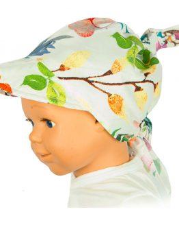 biała chusta na głowę dla dziewczynki w kolorowe kwiaty